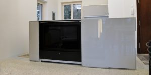 televisore nascosto in cucina